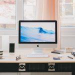 Gezond thuiswerken met een hoog laag bureau